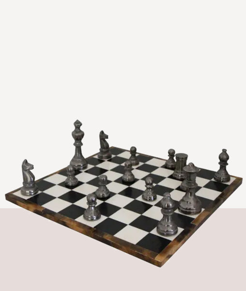 Chess Set 32pc / Black & White