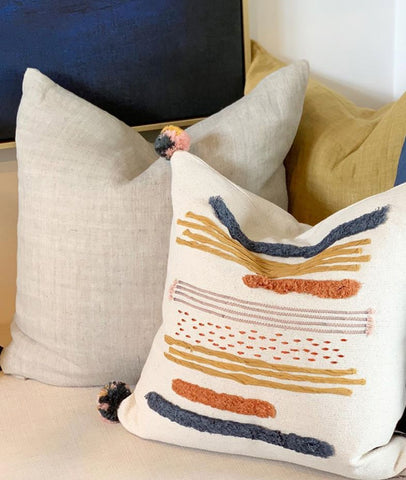 Indira Cushion w/Feather Inner / Natural
