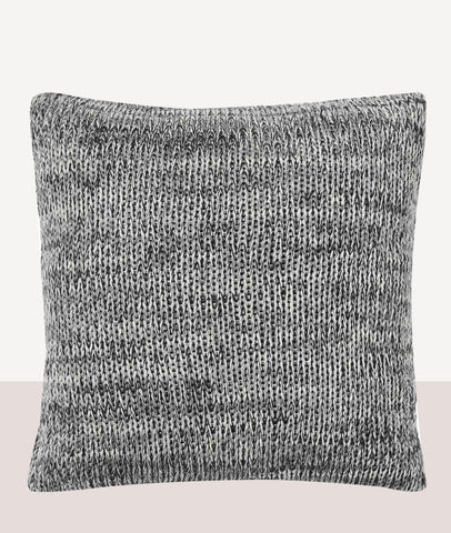 Monteray Cushion w/Feather Inner / Tar