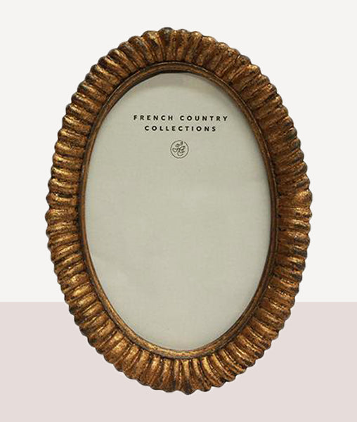 Rosette Ridge Oval Photo Frame / 4x6""