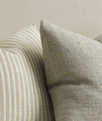 Sandridge Cushion W/Feather Inner / Linen Black