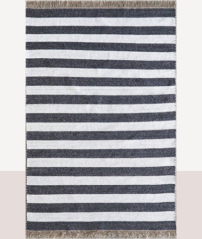 Summit Outdoor Rug / Charcoal & Natural