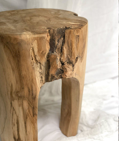 Rustic Teak Tooth Stool / Natural