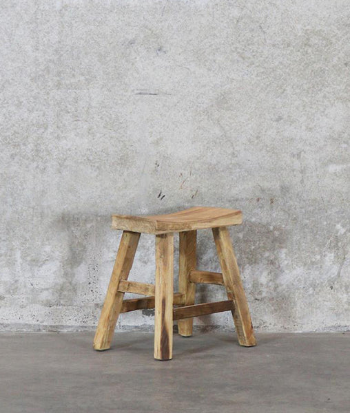 Vinyas Curved Seat Stool / Recycled Elm