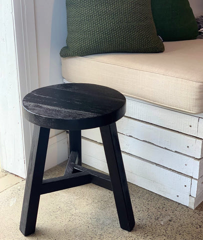 Vinyas Round Stool / Black