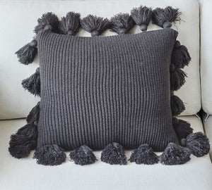 Nordic Style Pillow Case With Tassle - modernbedspace