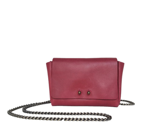 RED WALLET W/CHAIN STRAP