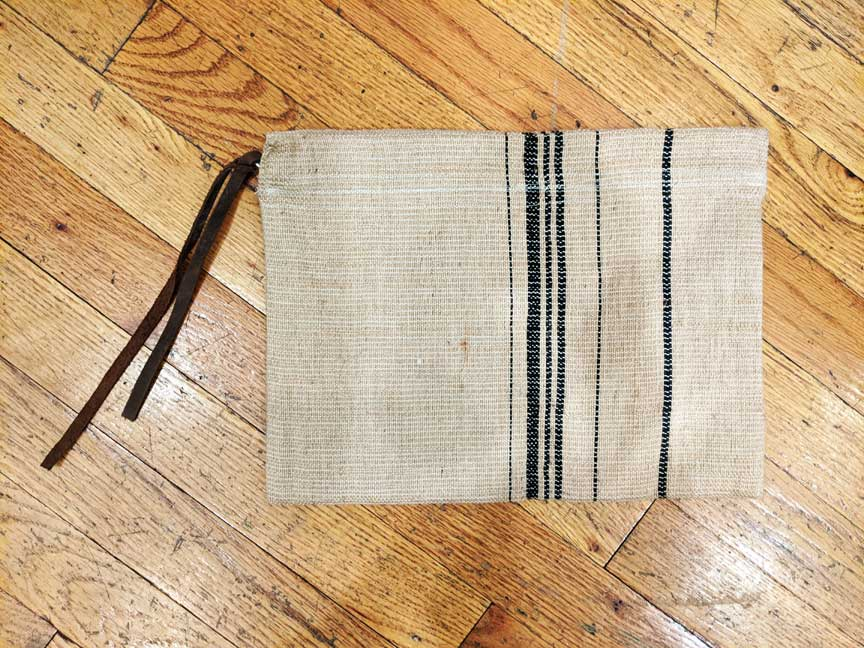 Flat Flax Stripe clutch/pouch [SAMPLE 2020]