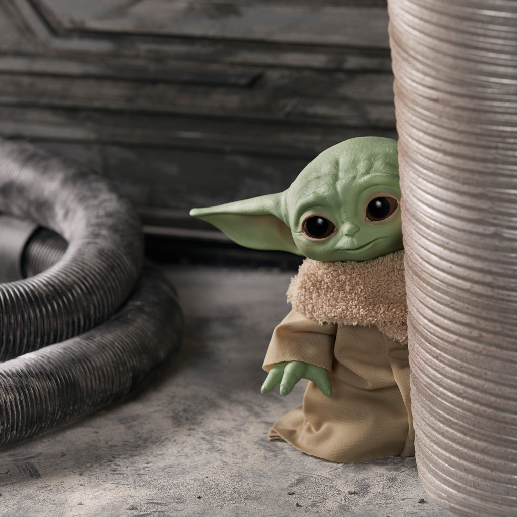 Hasbro - Star Wars The Child Talking Plush Toy Aka Baby Yoda