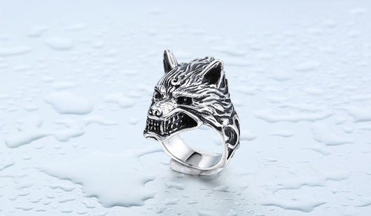 Wolf Head Ring