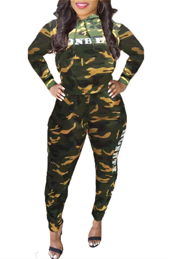 Camouflage & Letter Print Hooded Collar Casual Two Piece Outfits