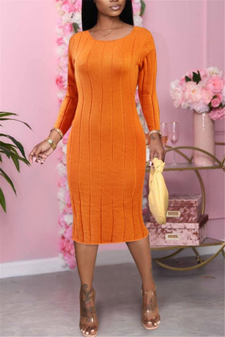 Whatwears coupon: Open Back Solid Color Knitted Dress