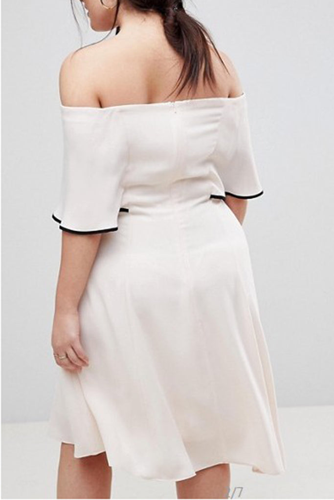 Plus Size Off The Shoulder Ruffled Midi Dress