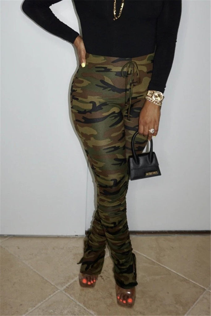 Camouflage Print Scrunched Slit Pants
