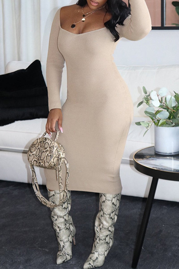 Solid Color Scoop Neck Long Sleeve Dress