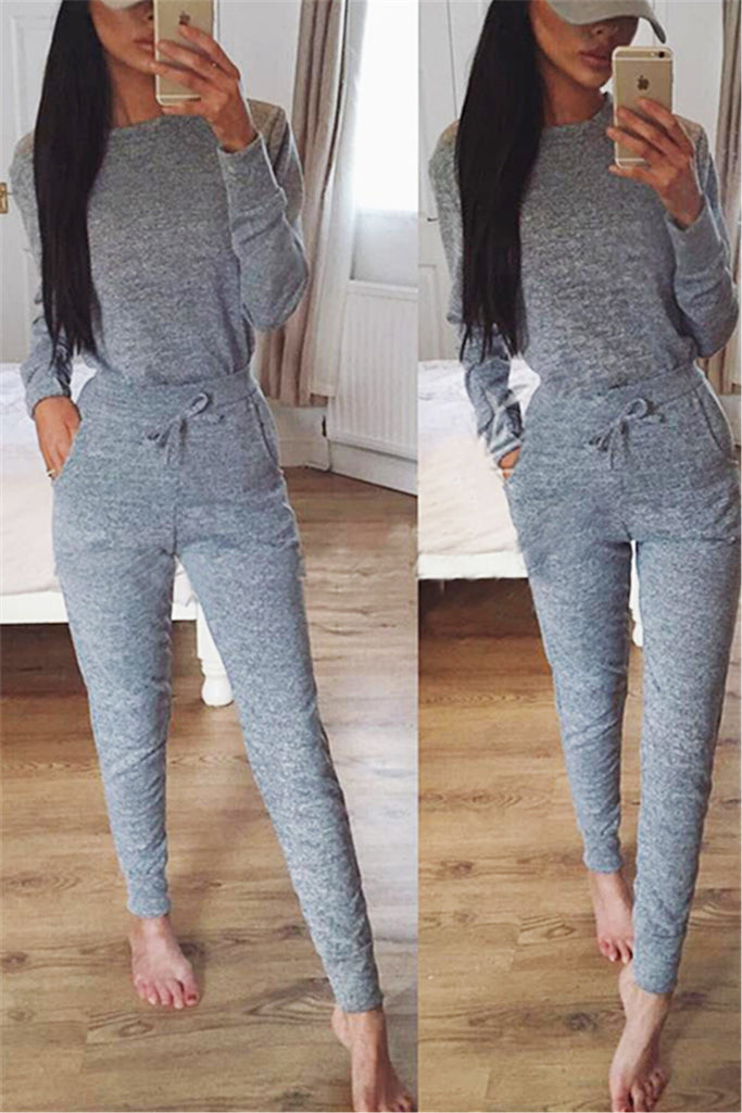 Crew Neck Sweater & Sweatpants - WHATWEARS