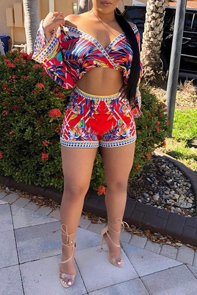 V-Neck Nation Print Long Sleeve Top & Shorts