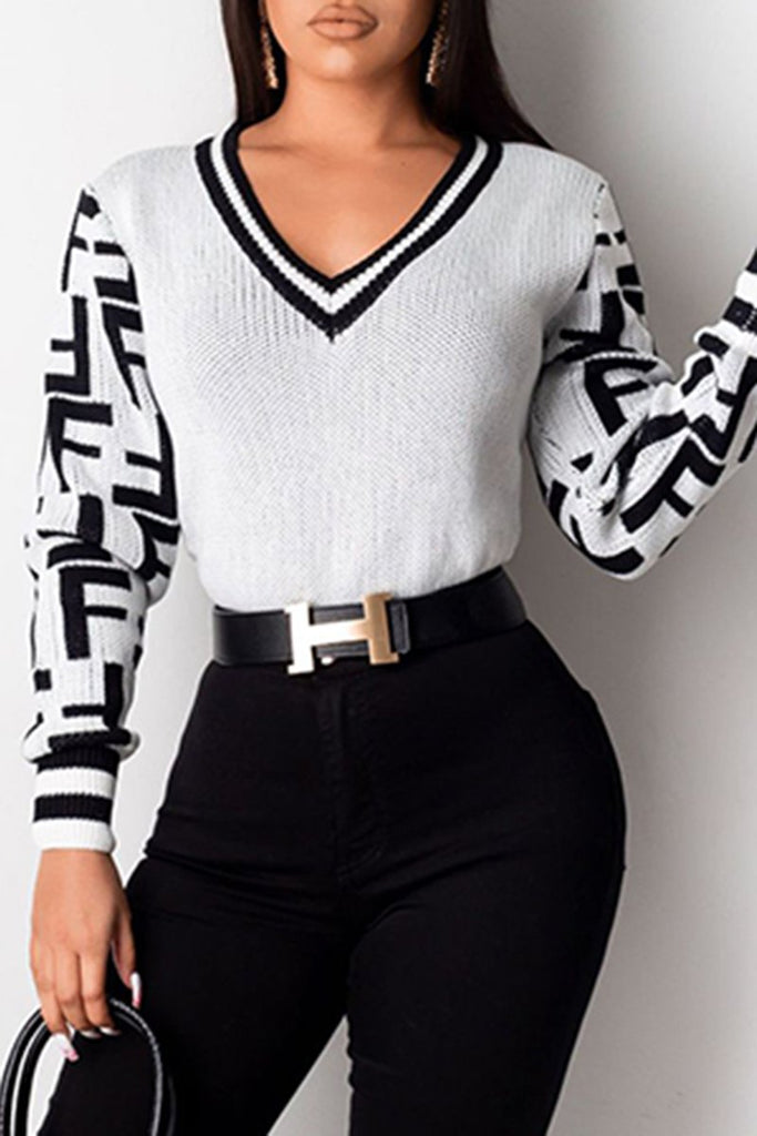 V-Neck Knitted Geometric Casual Sweater