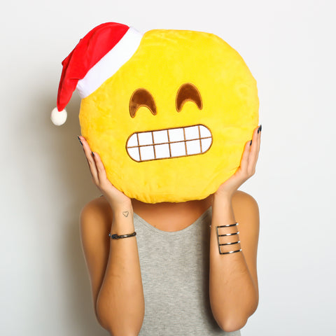 Say cheese! SPECIAL CHRISTMAS EMOJI - SMILING CHRISTMAS HAT emoji