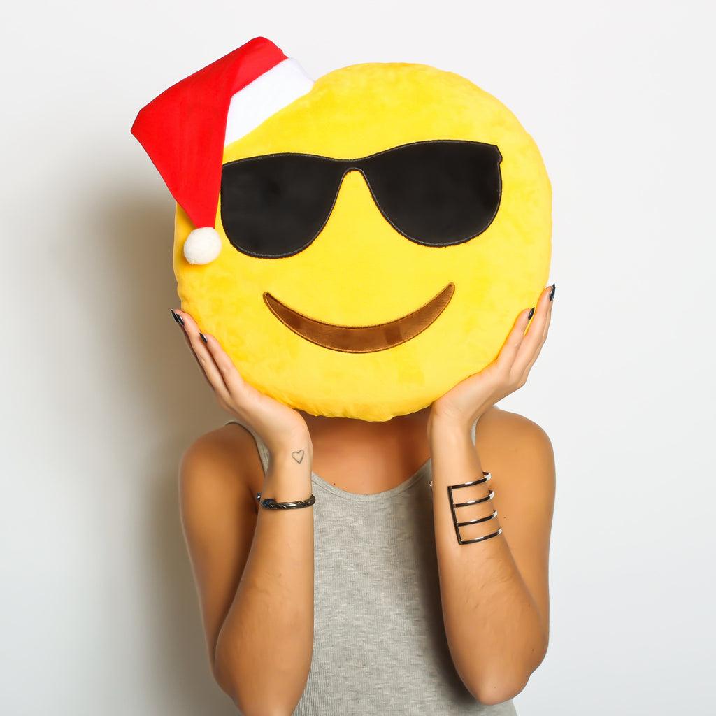 cool dude! SPECIAL CHRISTMAS EMOJI - COOL CHRISTMAS HAT emoji