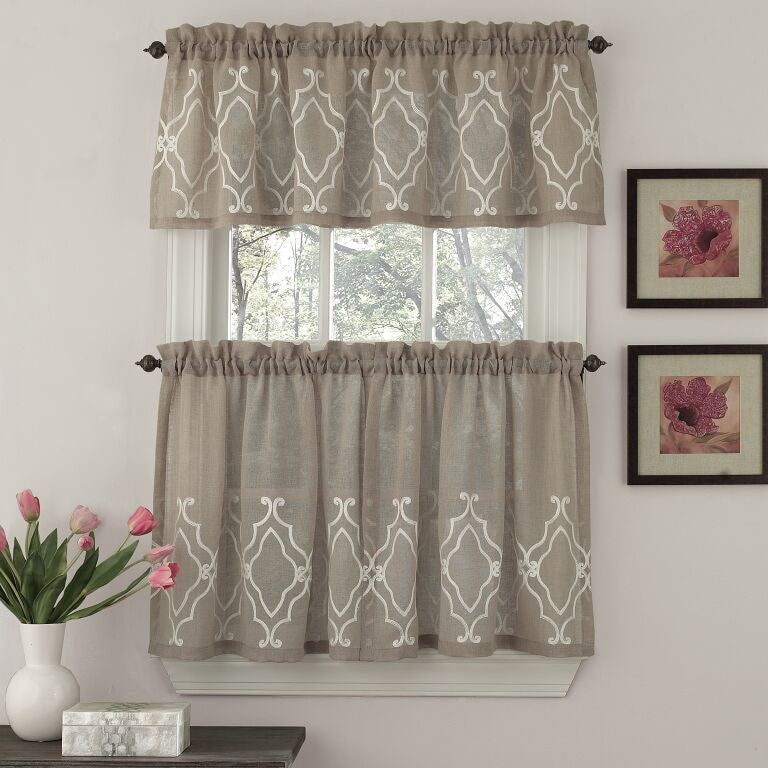 CARLYLE KITCHEN CURTAIN