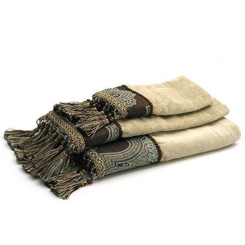 ROYALTON TOWELS