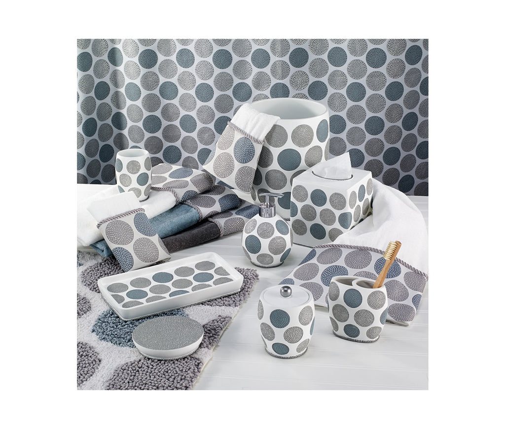 DOTTED CIRCLES BATH ACCESSORIES