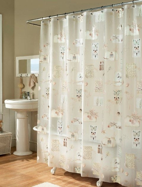 NATURE'S MOMENTS SHOWER CURTAIN