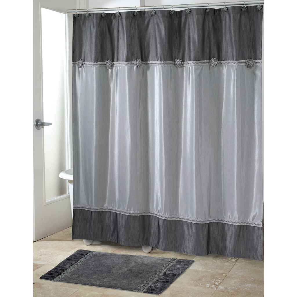 BRAIDED MEDALLION SHOWER CURTAIN