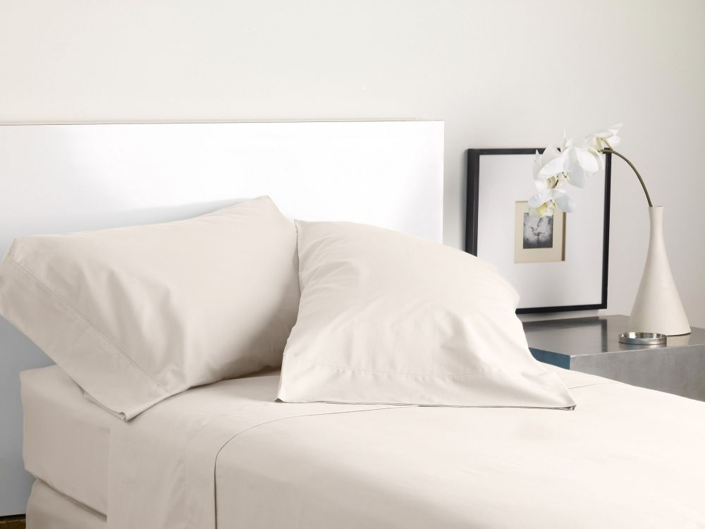 MODERN LIVING SOLID COLOR T300 SHEET SET cream