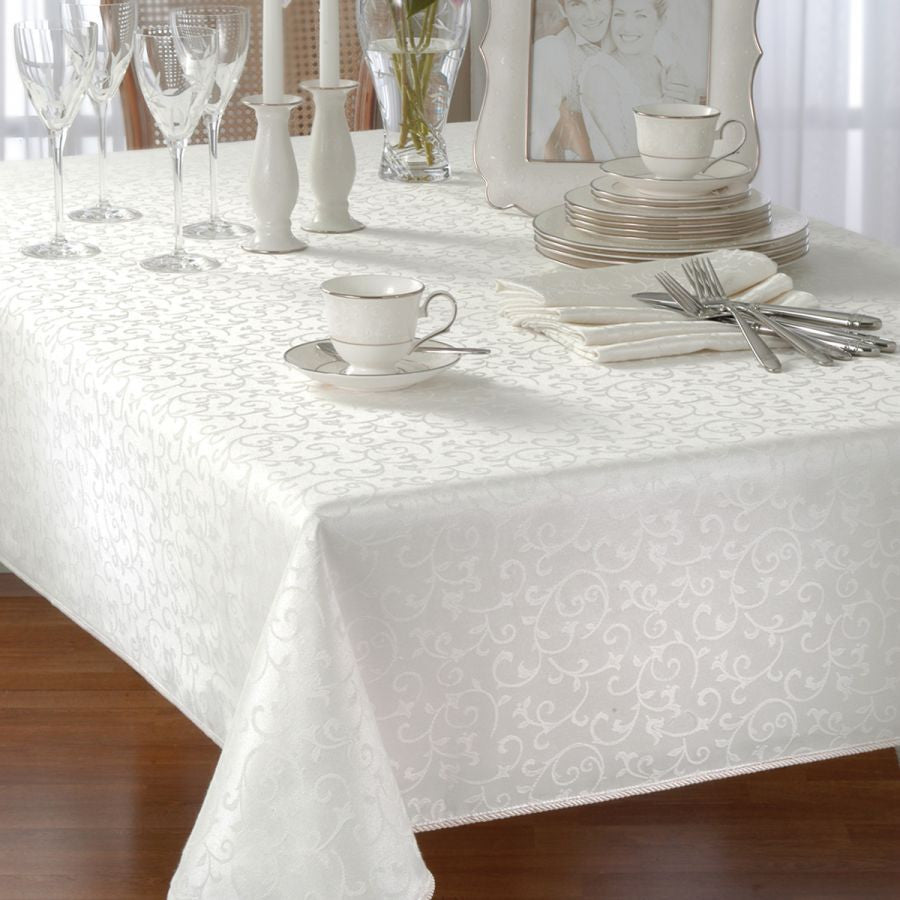 LENOX OPAL INNOCENCE TABLECLOTH white