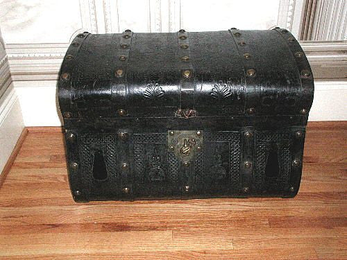 Jenny Lind Trunk Rare Leather Mid 19th Century