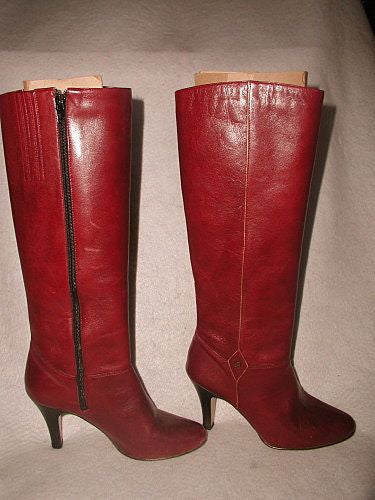 Aigner women's boots leather pristine vintage estate
