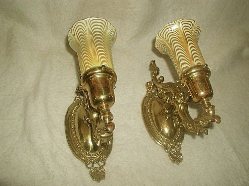 Ribbon glass sconces solid bronze France 19th century wired