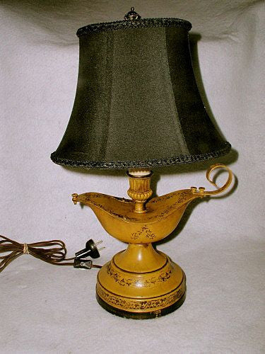 Yellow Tole Lamp Aladdin's Style Rewired Early 1900's