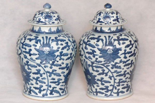 Masterpiece Pair of Chinese Qing Blue and White Jar Shunzhi , 17C