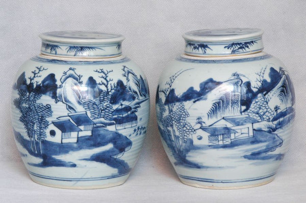 Pair of Chinese Qing Blue and White Porcelain Jar Qianlong , 18C