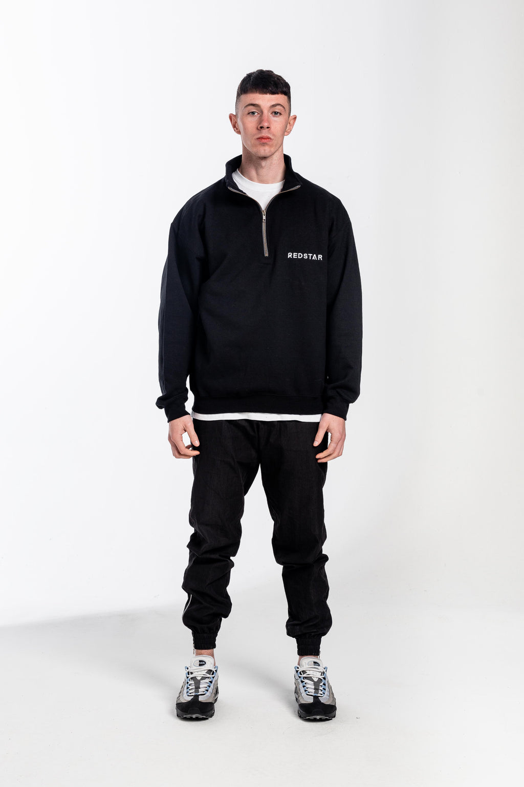 Low Down Quarter Zip Black