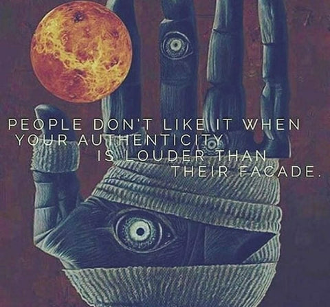 Narcissist don't like Authentic, Genuine people because Narcissists are Fake!