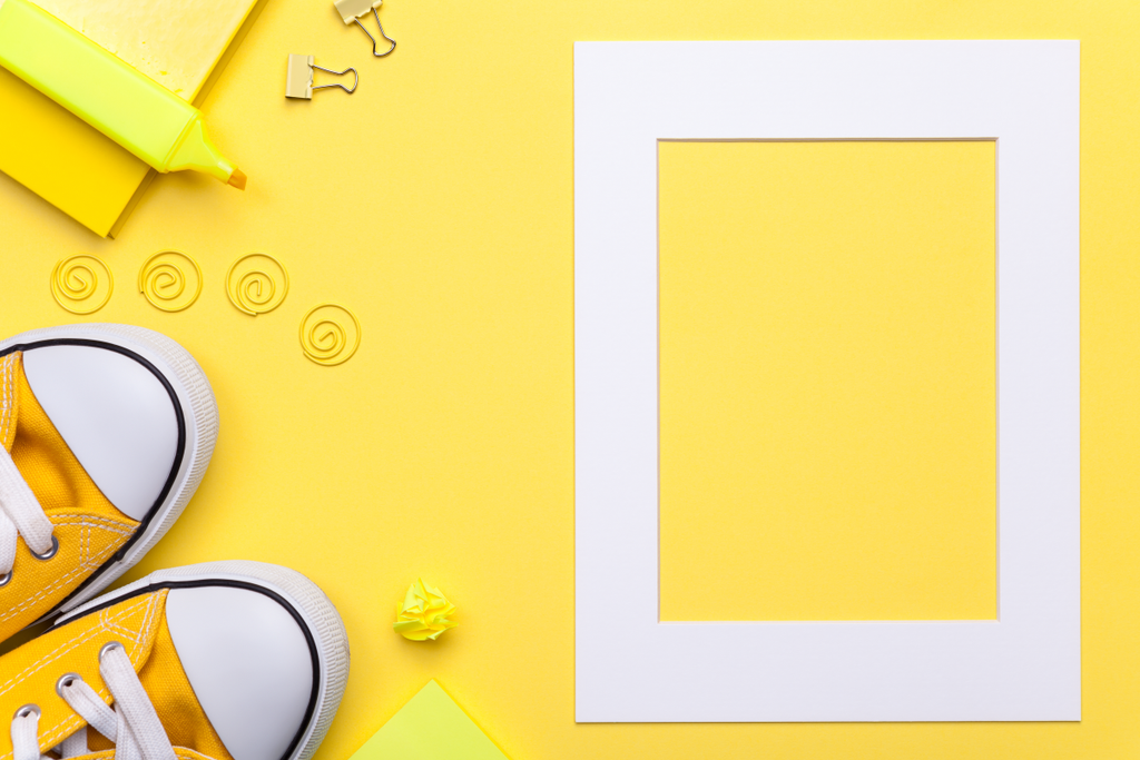 Hello Yellow!  Vinyl Colors For Your Spring Decorating Projects