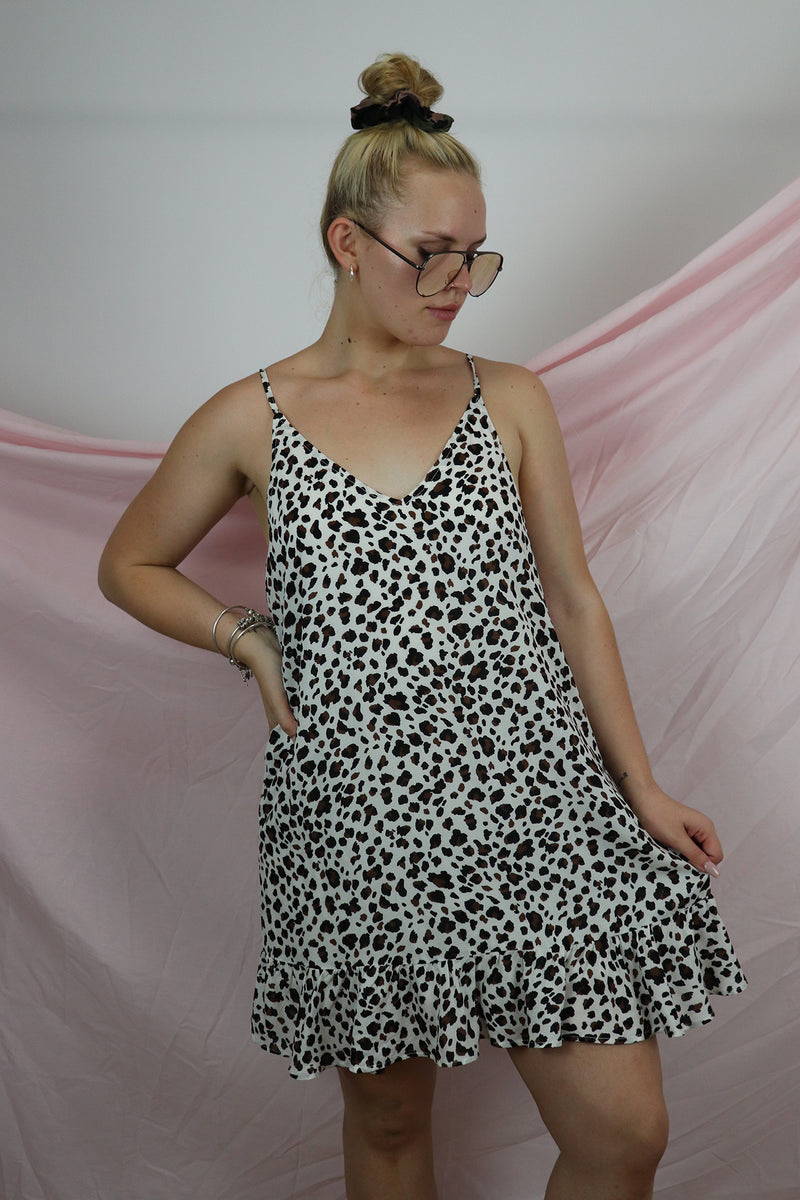 Morning Breeze Dress - Small Leopard