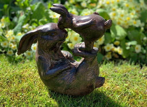 Mummy and Baby Rabbit - Garden Statue
