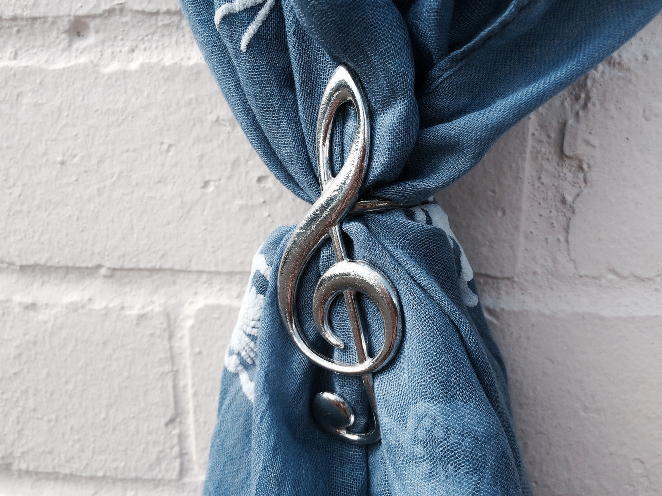 Pewter Treble Clef Scarf Ring