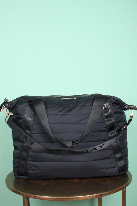 Day GW Puffer Cross - Black