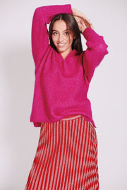 Aloa Knit V-neck - Fuchsia Red