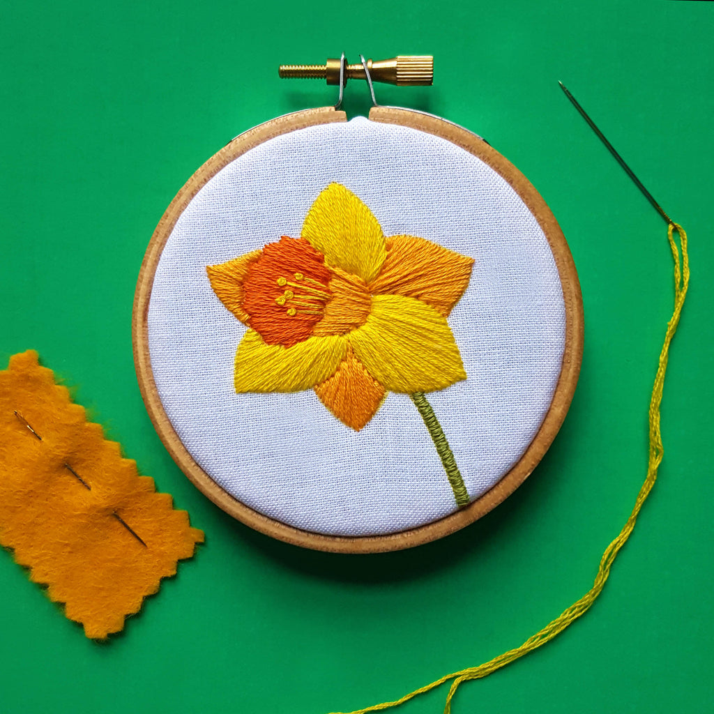 Free Daffodil Embroidery Pattern Download