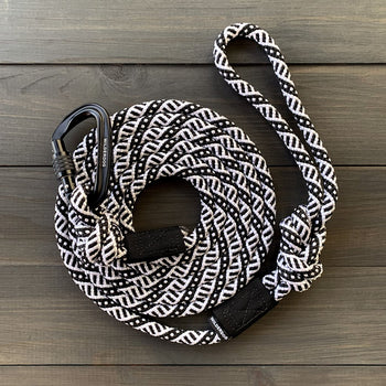 BLACK + WHITE CARABINER LEASH