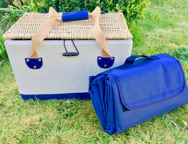 The St Ives - a nautical style fitted picnic hamper for 2