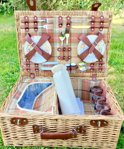 The Heathcliff  - a tweed lined fitted picnic hamper for 4