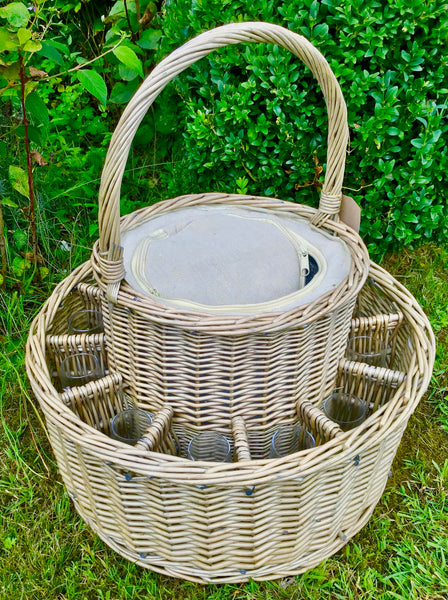 Champagne  garden party basket